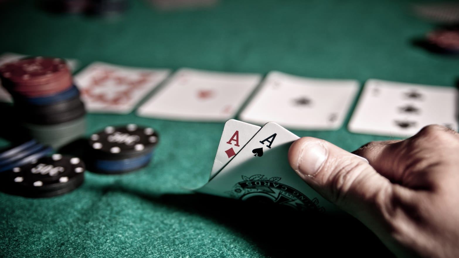 Things to Watch Out Before Making Any Deposit at Online Casinos
