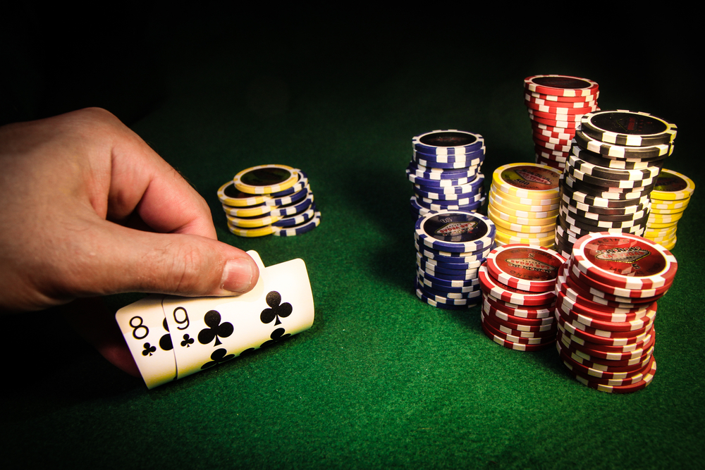 Clear the casino bonus by playing dice online