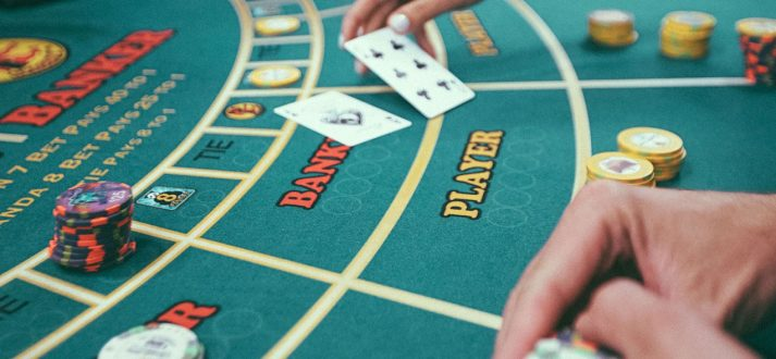Worried about using money from your pocket? Make use of online casino free credit
