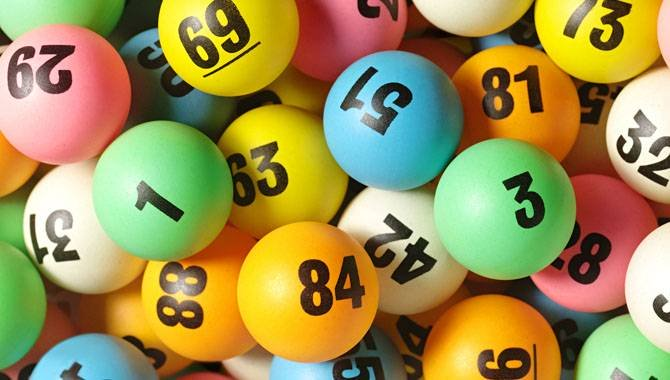 Reasons To Play The Lotto Online